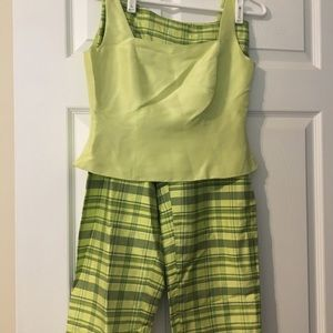 Loft Lime green capris and top set